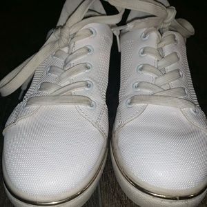 White leather tennis shoes/ Adidas look alike